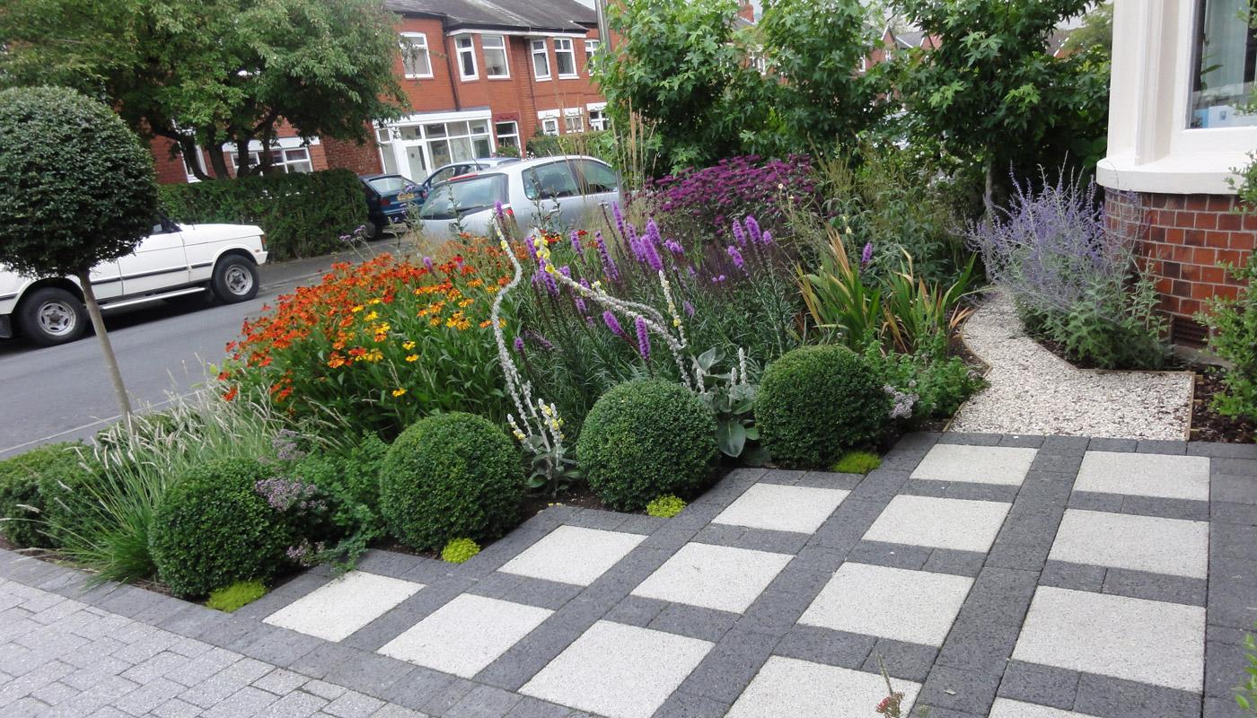 3-cheshire-front-garden
