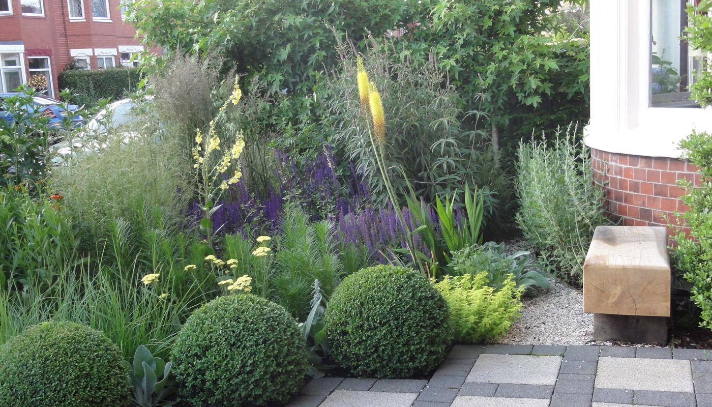 5-cheshire-front-garden