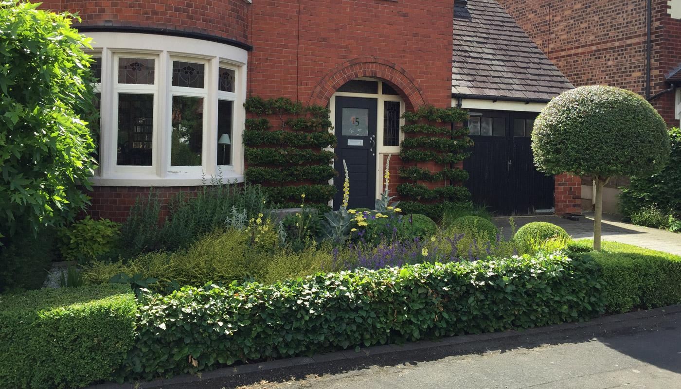 7-cheshire-front-garden