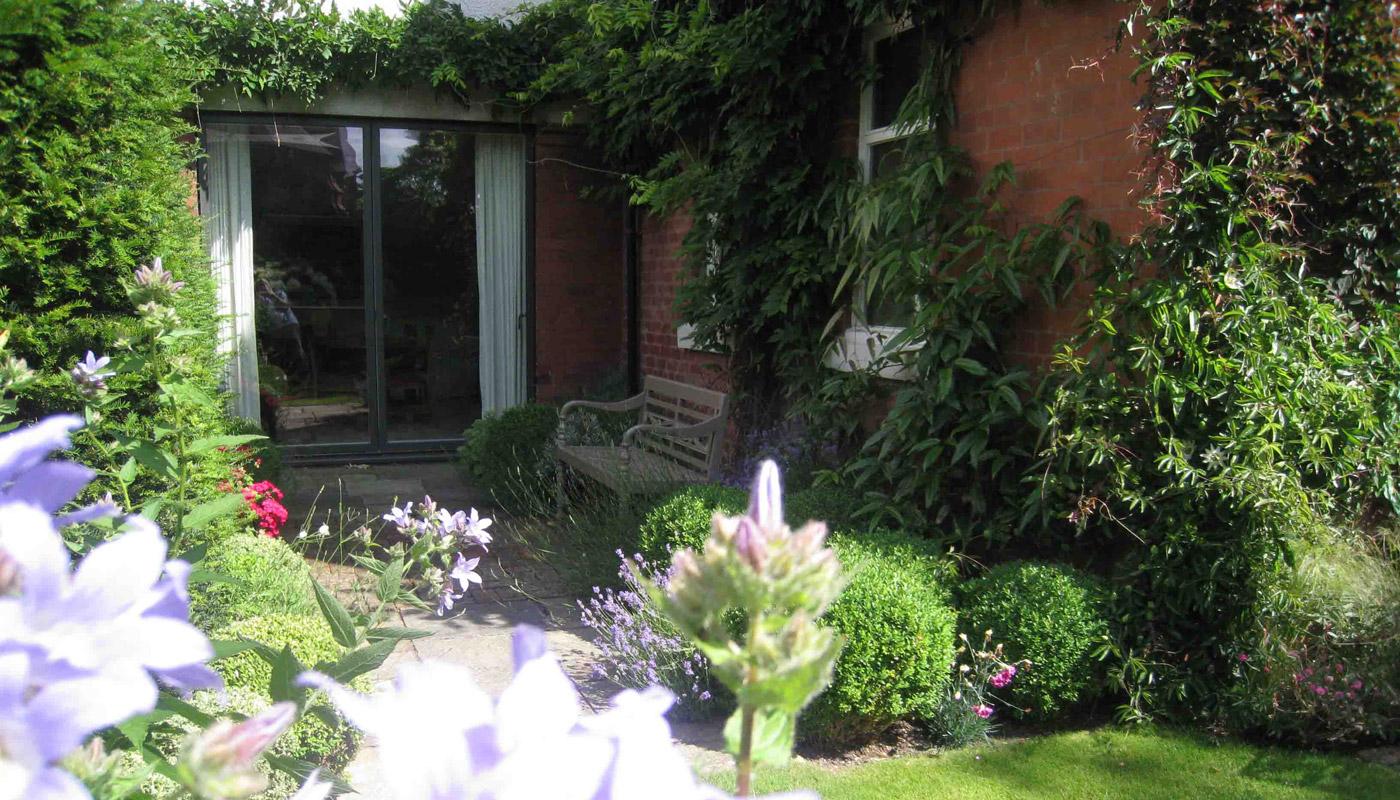 7-west-kirby-garden