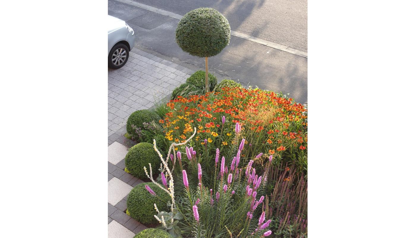 9-cheshire-front-garden